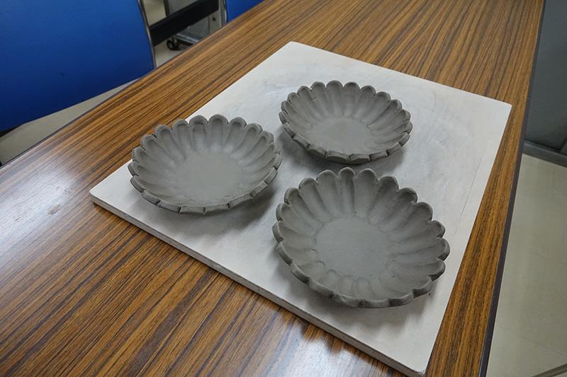小皿を成形したところ