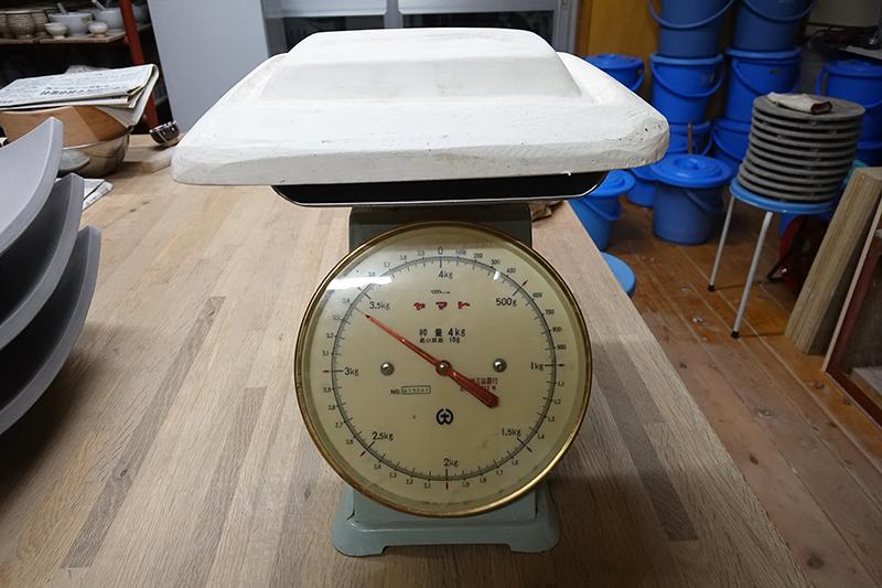 石膏型の重さは・・・